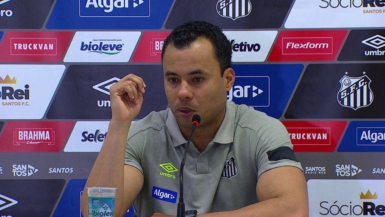 Veja o que o técnico Jair Ventura falou depois da vitória do Santos sobre o Ceará