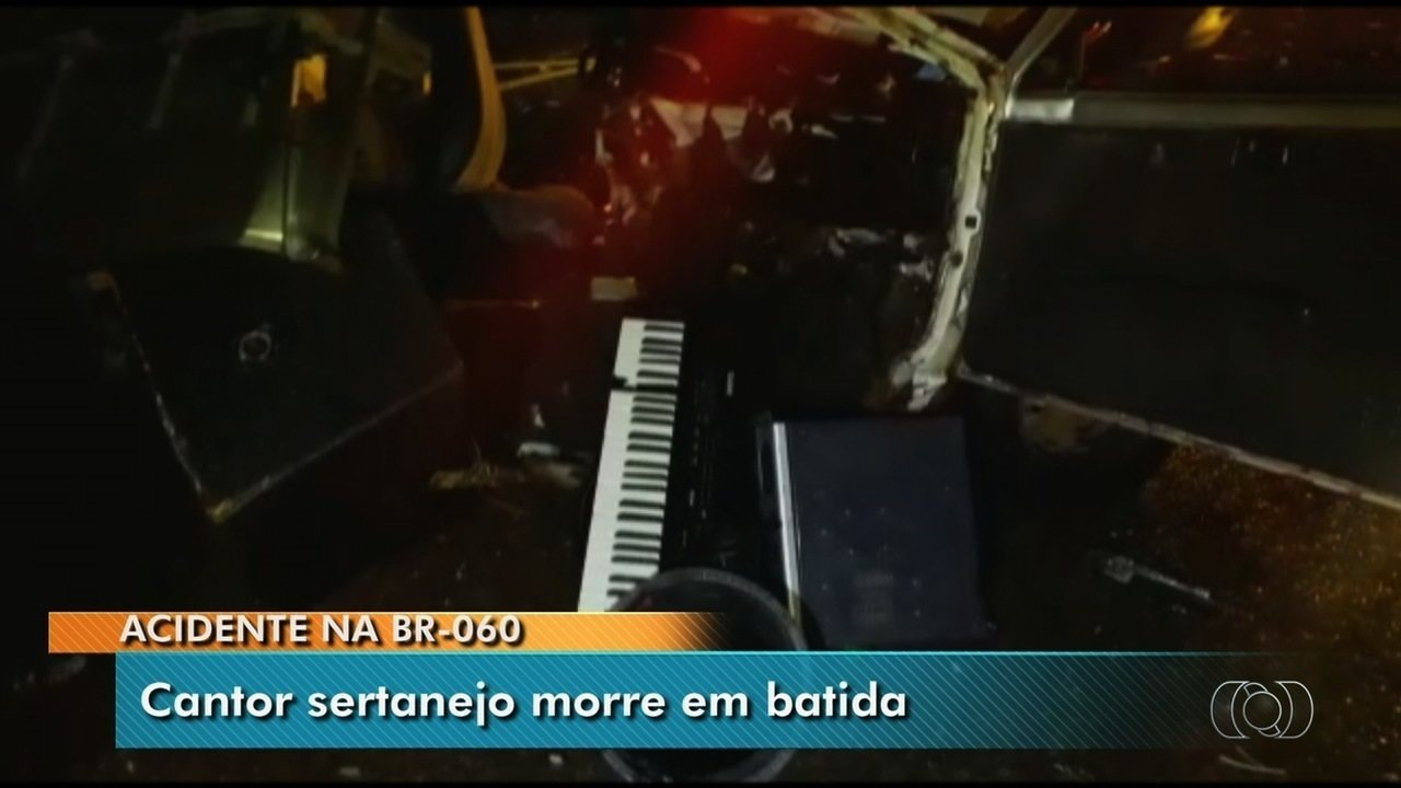 Cantor sertanejo morre em acidente de trânsito na BR-060, em Goiás
