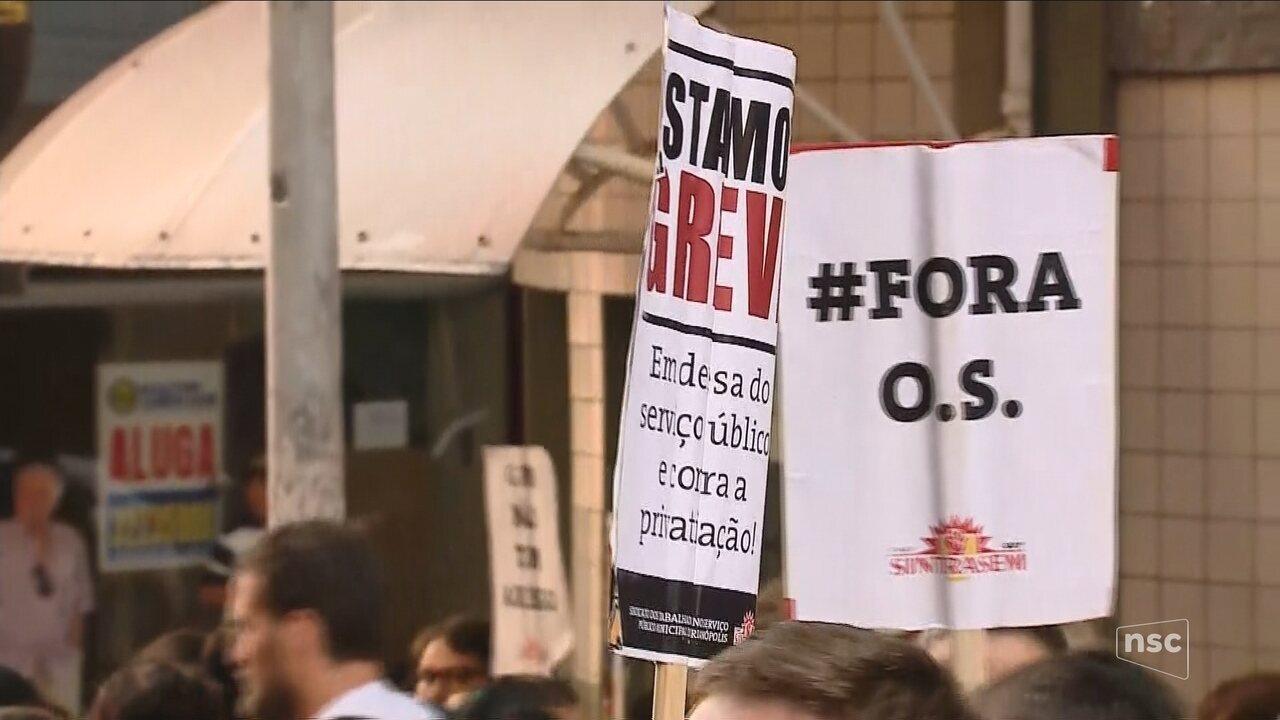 Servidores e prefeitura de Florianópolis tentam acordo na Justiça para pôr fim à greve
