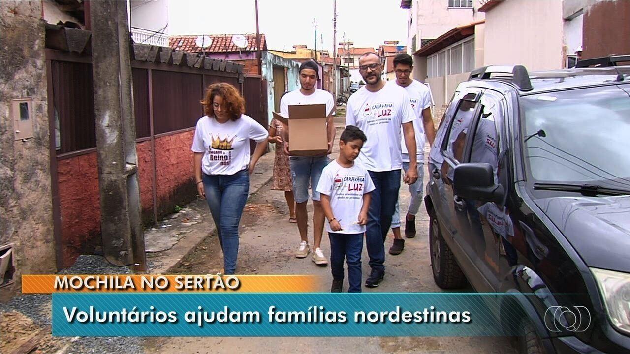 Grupo de voluntários de Goiás doa alimentos para famílias no sertão nordestino