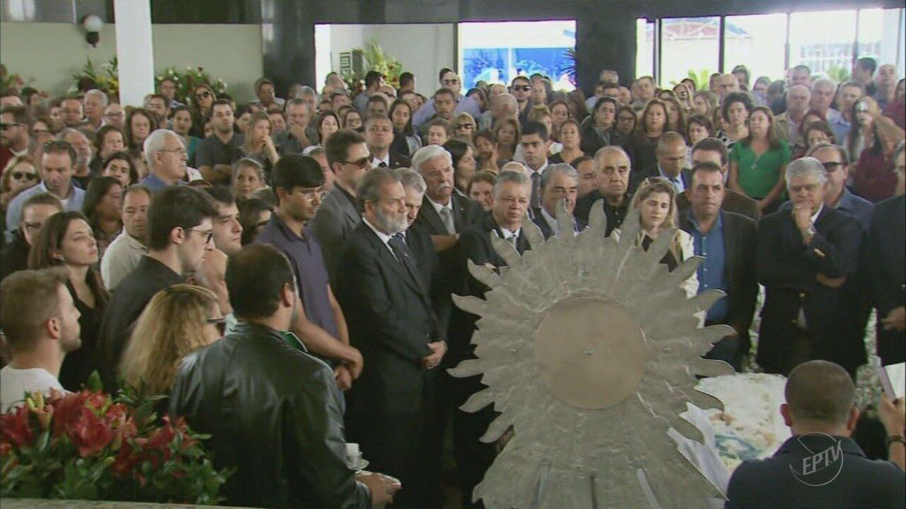 Ex-prefeita de Três Pontas, Adriene Andrade, é velada em Boa Esperança (MG)