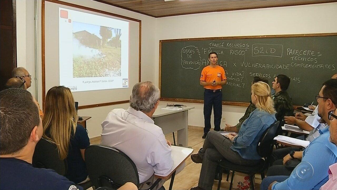 Autoridades se reúnem para discutir métodos de combate a queimadas em Rio Preto