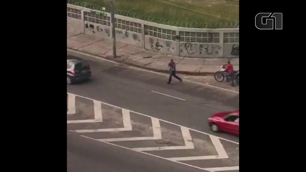 Homens armados fogem depois de balear PM em tentativa de assalto em Campo Grande