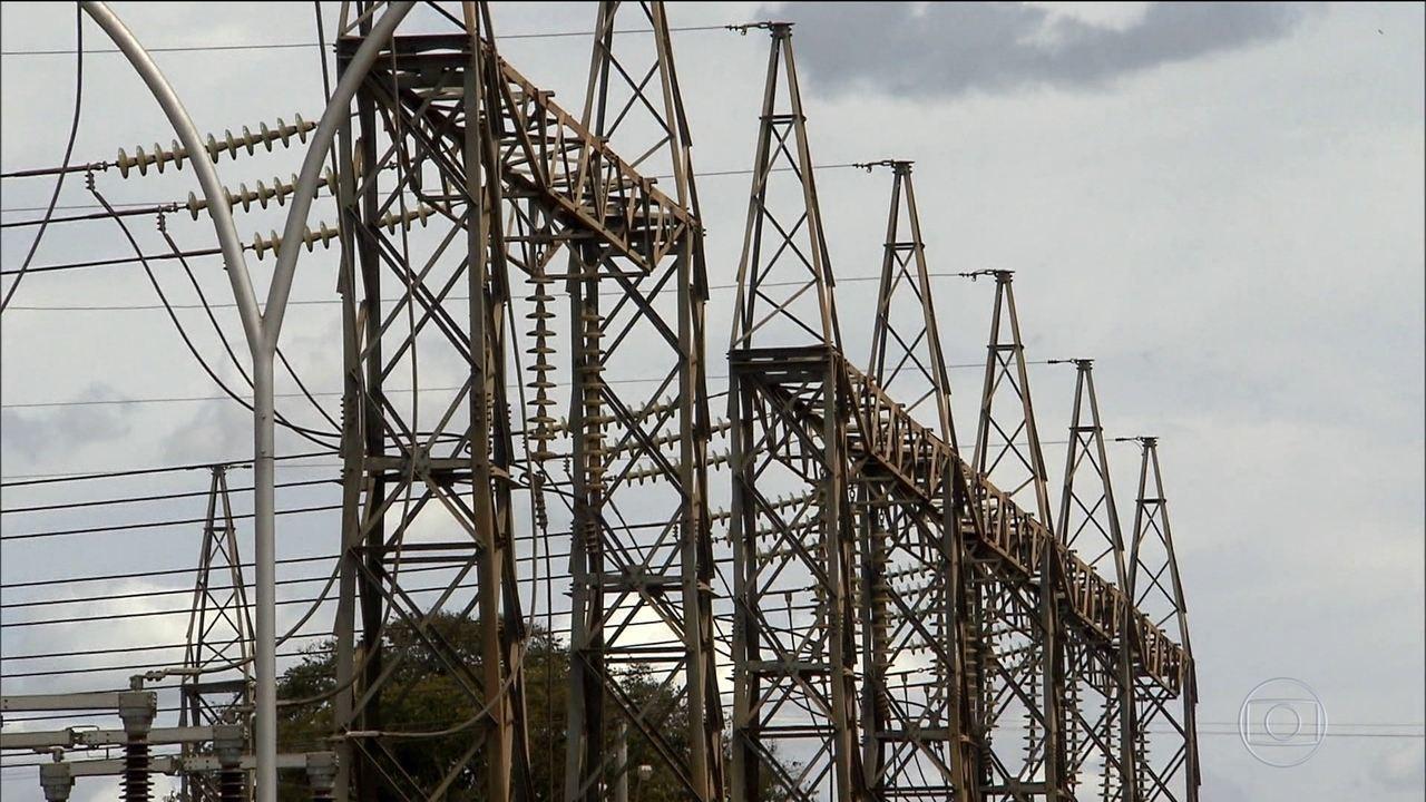 Valor da energia pesa no bolso dos brasileiros