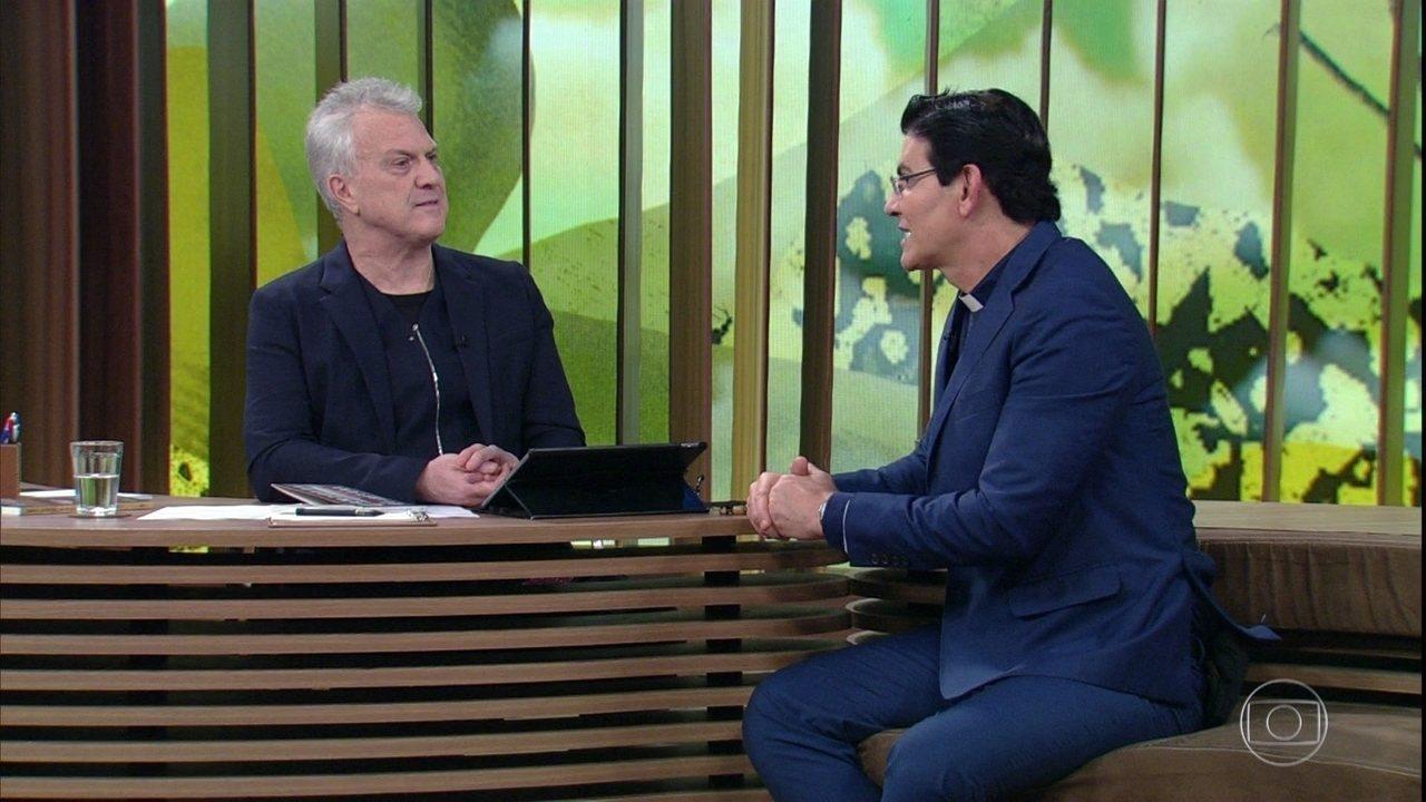 Padre Reginaldo Manzotti relembra decisão de seguir a vida religiosa