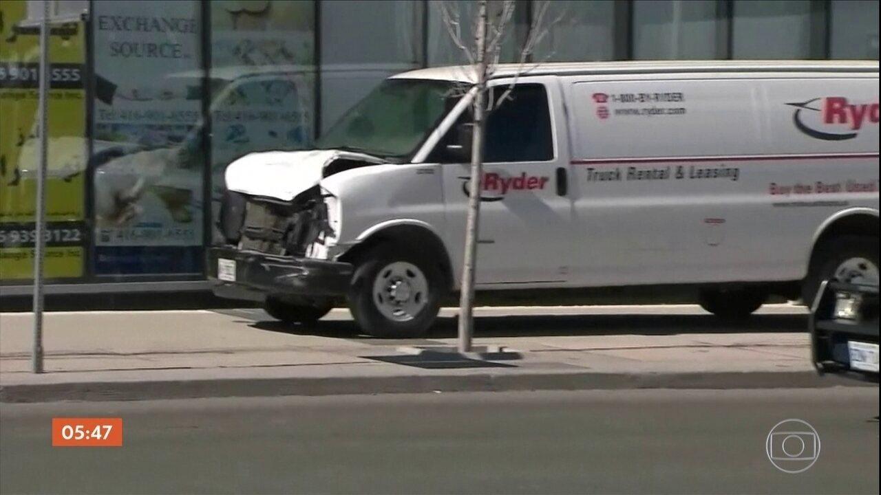 Polícia do Canadá investiga o que motivou motorista a atropelar e matar dez pessoas