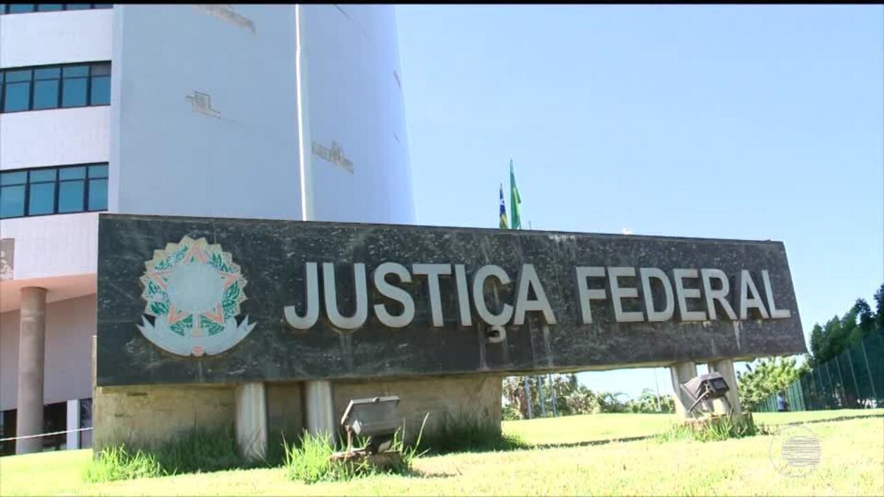 Justiça suspende repasse da segunda parcela de empréstimo do governo com a Caixa