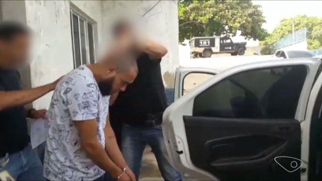Pastor é preso em investigação das mortes de filho e enteado no ES