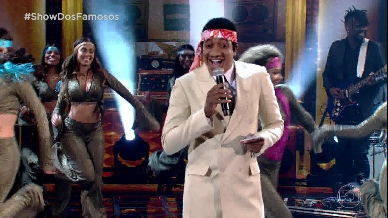 Mumuzinho intepreta Wilson Simonal no Show dos Famosos