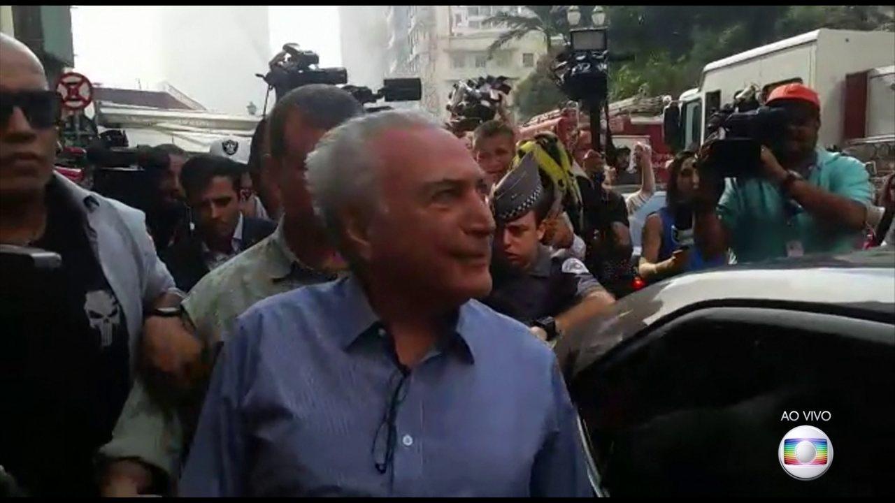 Presidente Michel Temer visita local de desabamento em SP e é hostilizado