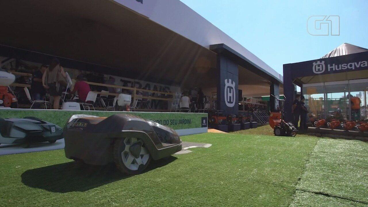 Agrishow 2018 tem robô cortador de grama que trabalha de maneira autônoma