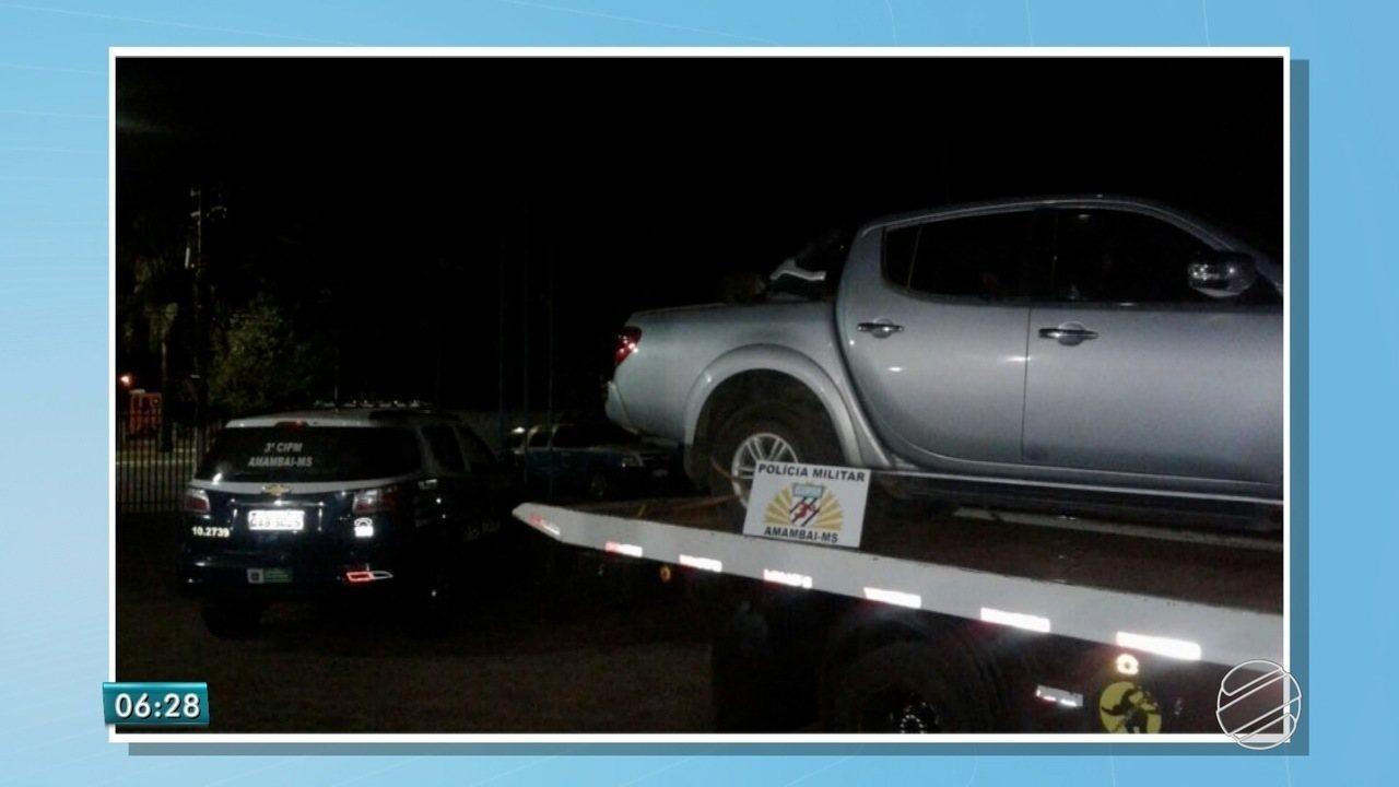 Carro roubado no Paraná é recuperado em MS