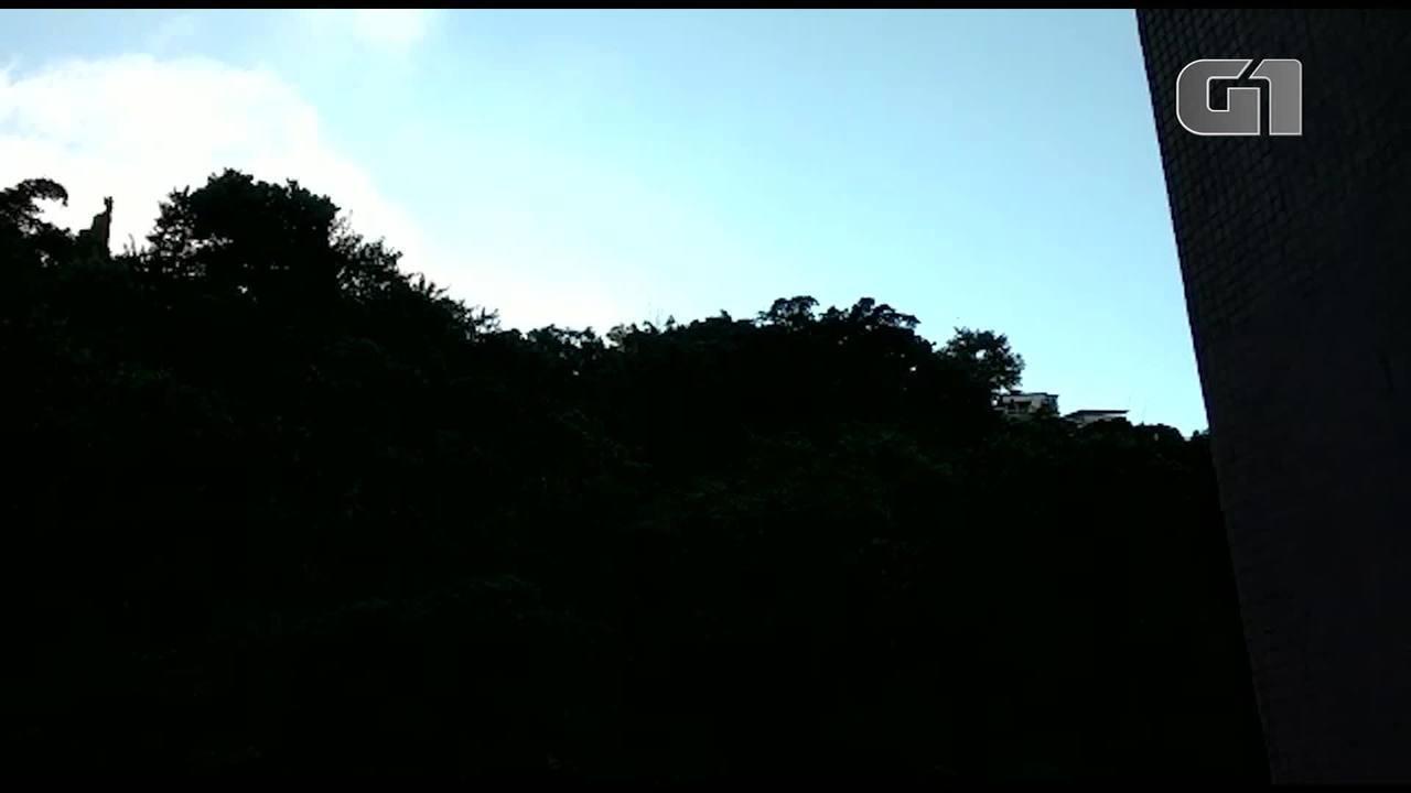 Moradores do Leme registram sons de tiros no Morro do Chapéu Mangueira