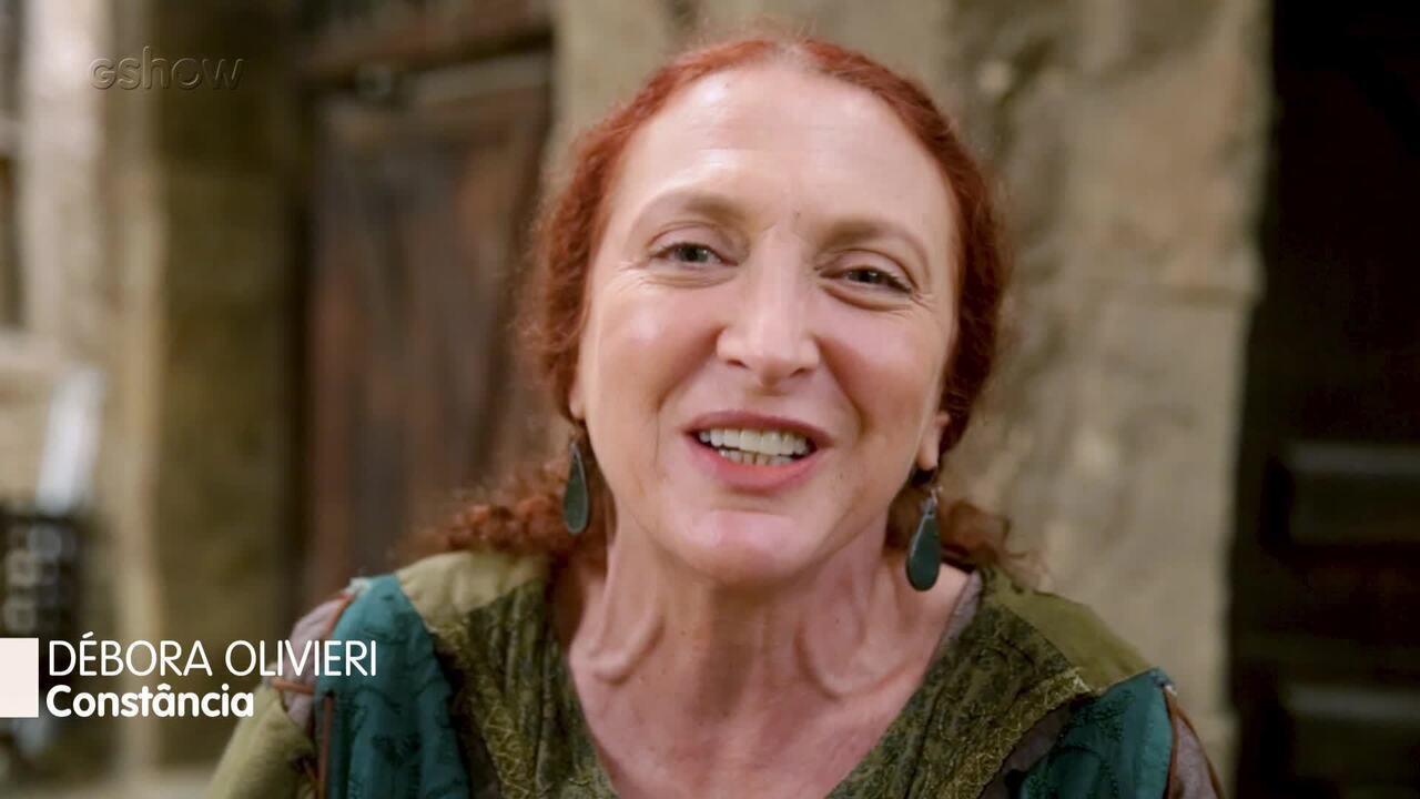Débora Olivieri manda recado para mães fãs de Deus Salve o Rei