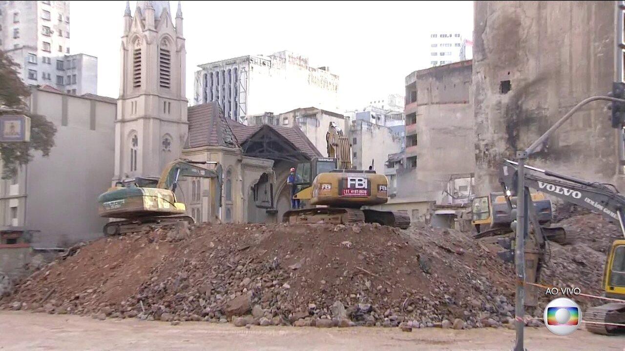 IML identifica restos mortais encontrados nos escombros de prédio que pegou fogo em SP