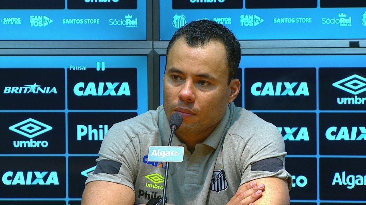82f607e742 Jair Ventura concede entrevista coletiva após vitória do Santos na Copa do  Brasil