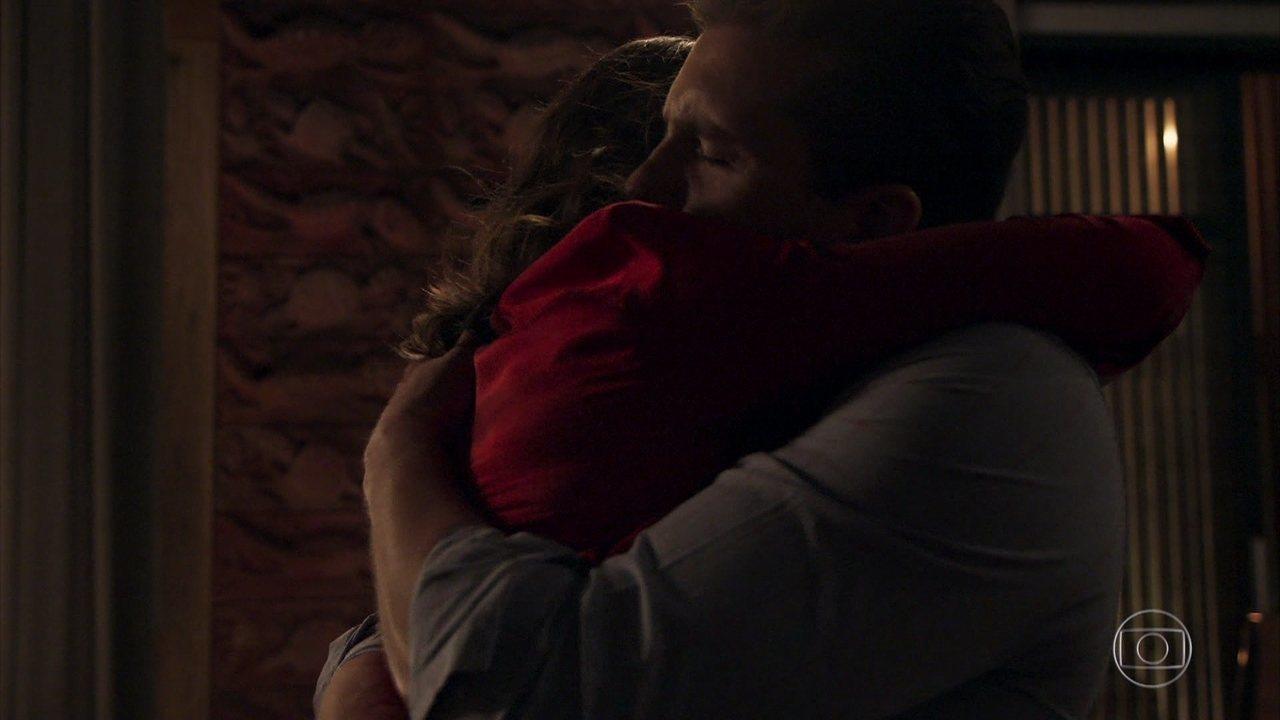 Clara se declara para Patrick