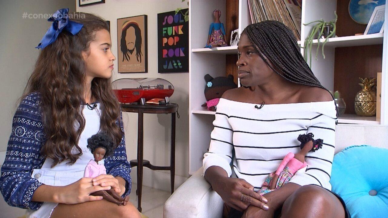 Estudante Laura Alvarez mostra a importância de bonecas negras na construção da identidade