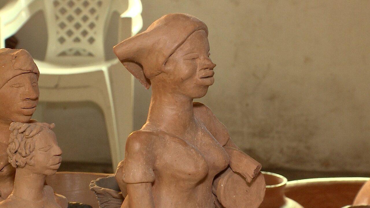 Arte ceramistas demonstra a luta para preservar costumes e tradições