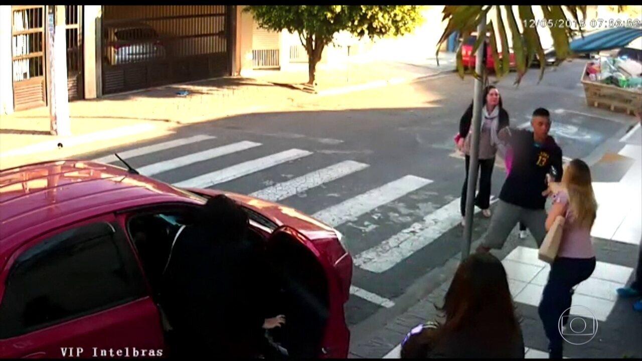 PM reage a assalto e mata criminoso na porta da escola da filha, em SP