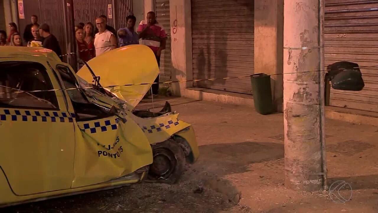 Acidente envolvendo táxi deixa feridos no Bairro Manoel Honório em Juiz de Fora
