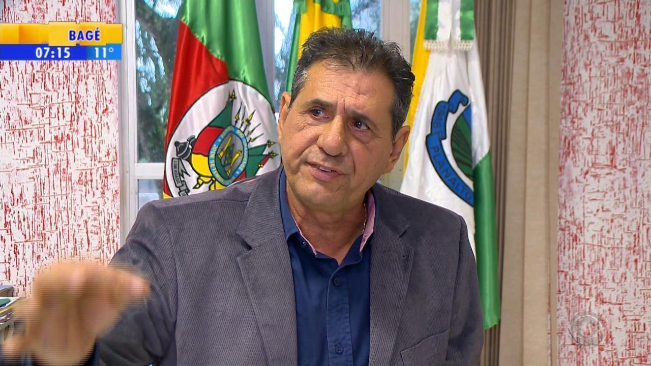 Operação investiga prefeito de Planalto, suspeito de oferecer dinheiro a adolescente em troca de sexo