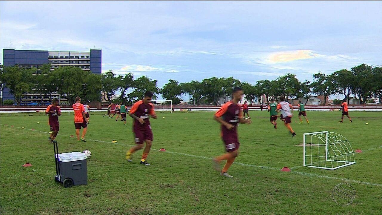 Sergipe volta a treinar e foca jogo contra o Central em casa