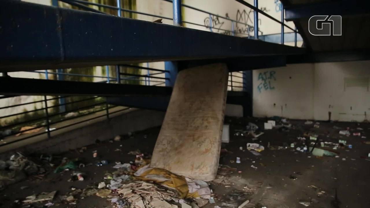 Restaurante popular abandonado no Méier vira abrigo de moradores de rua e ponto de drogas