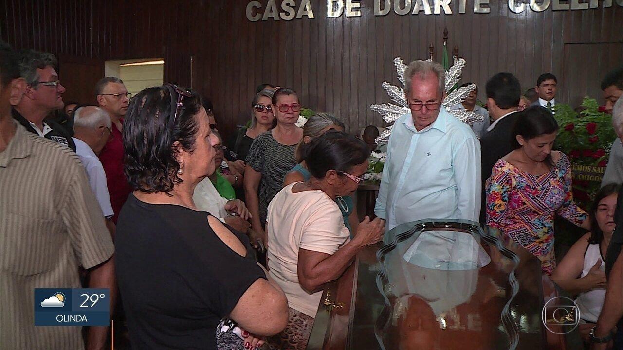 Vereador assassinado é enterrado em Igarassu