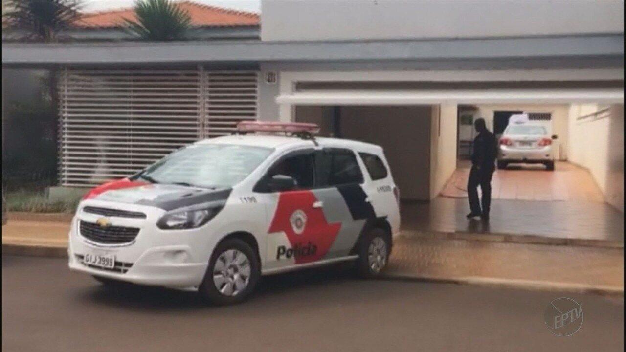 Gaeco prende médico suspeito de participar de desvio de dinheiro em Miguelópolis, SP