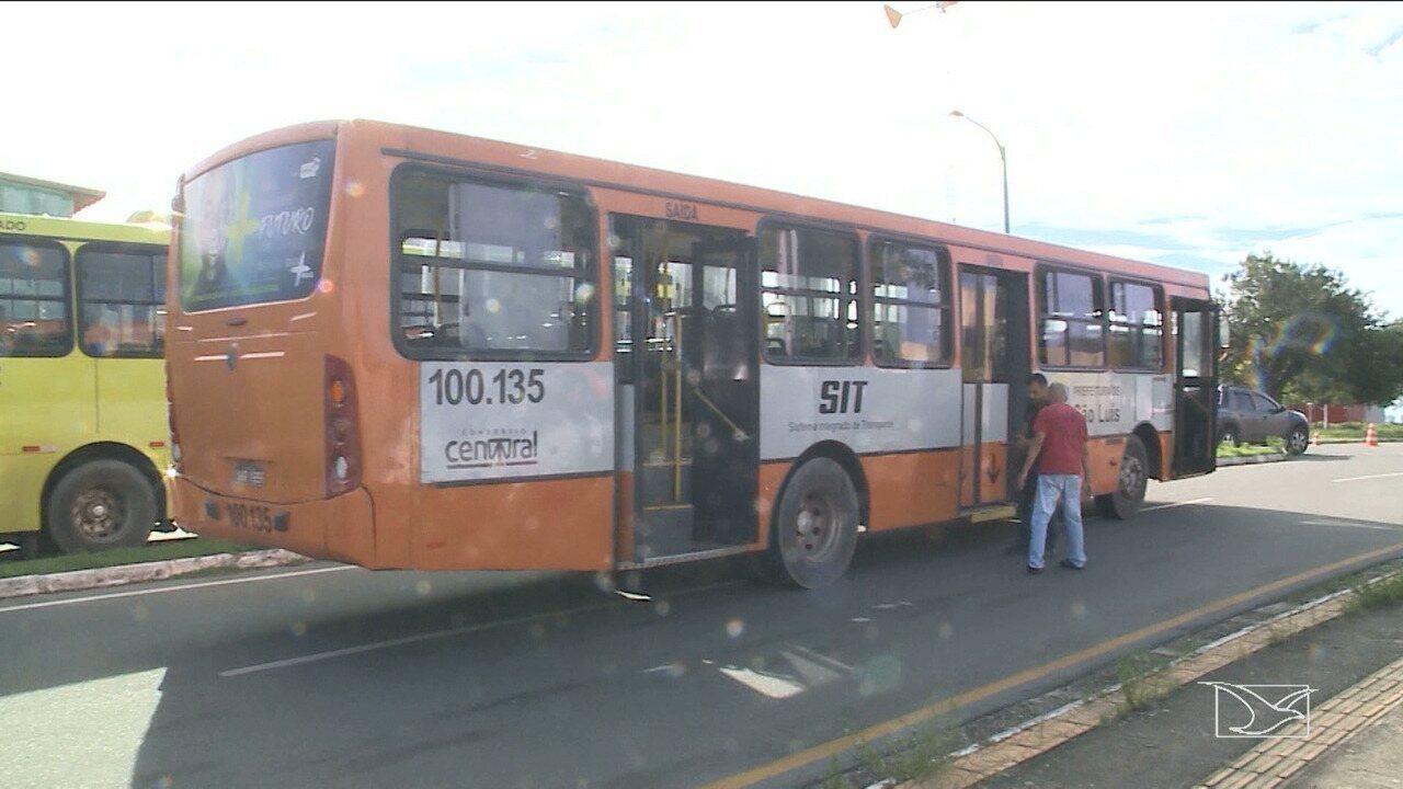 Idosa morre atropelada por ônibus dentro da UFMA em São Luís