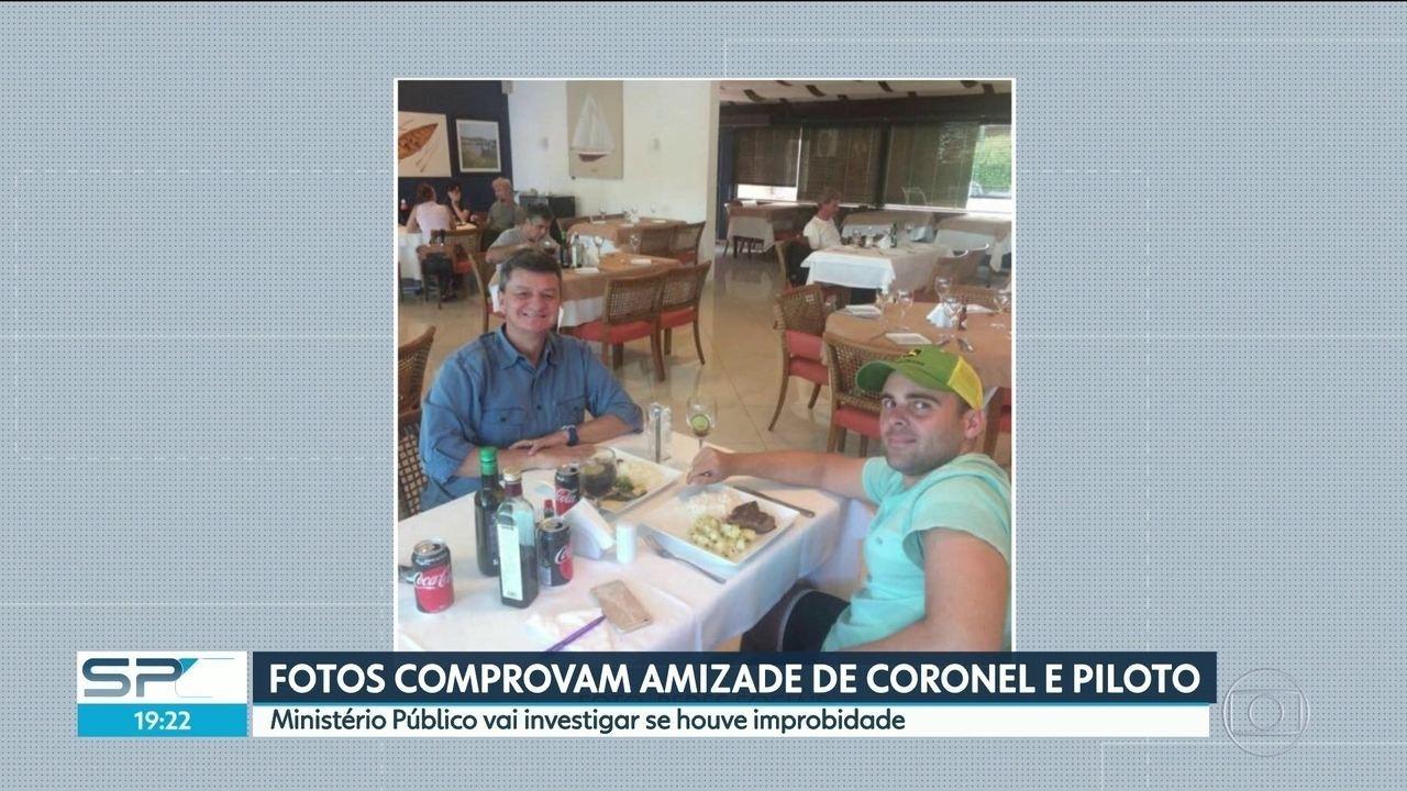 Fotos mostram relação de amizade entre coronel e piloto preso em Goiás