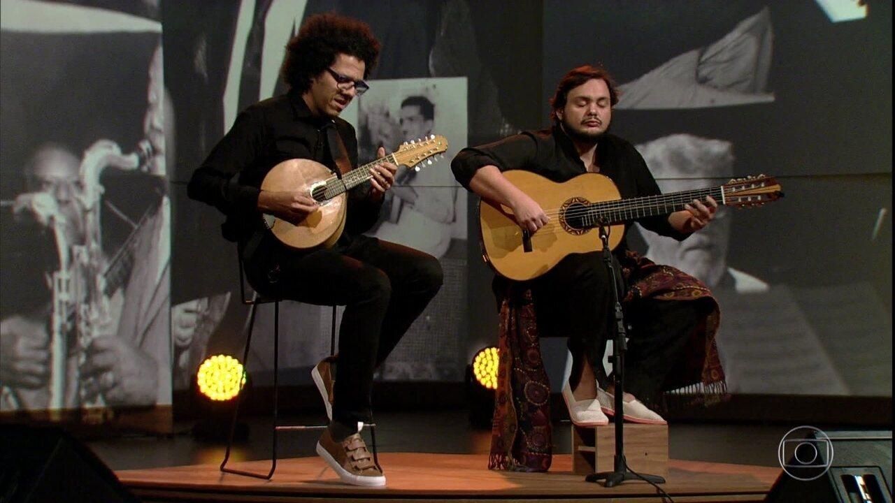 Yamandu Costa e Hamilton de Holanda tocam