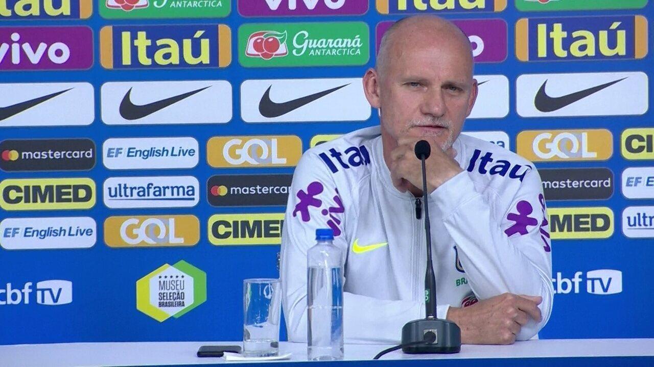 Sobre o goleiro Fábio, do Cruzeiro, Taffarel diz: