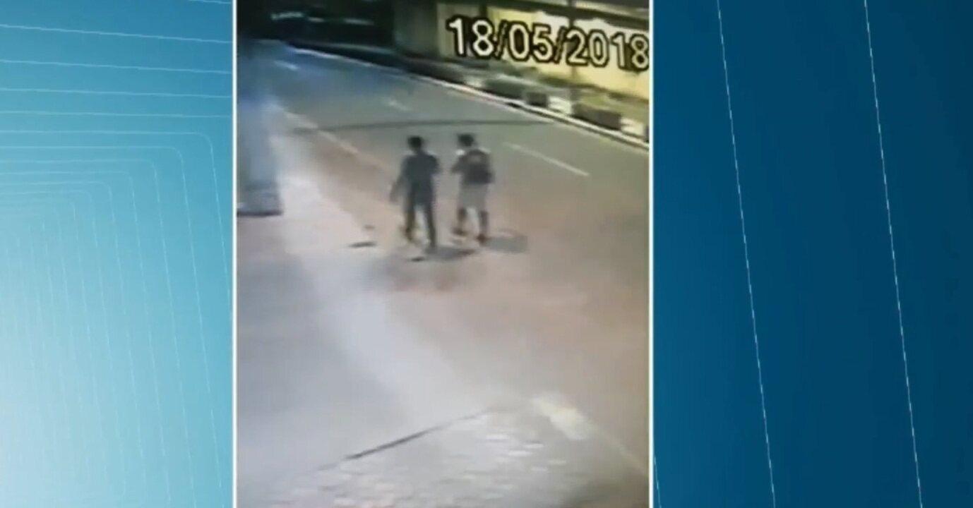 Vídeo mostra suspeito de matar homem em ritual de magia negra, diz delegado