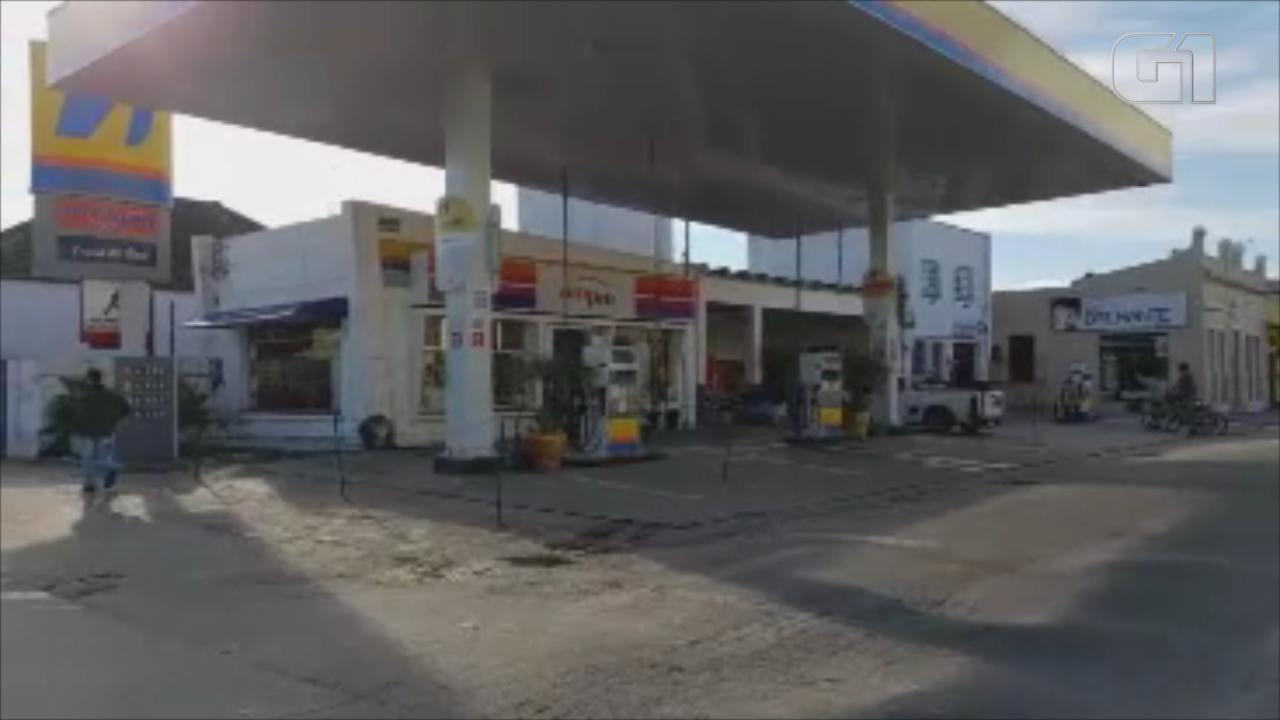 Sem combustível, imagens mostram postos de Santa Vitória do Palmar vazios