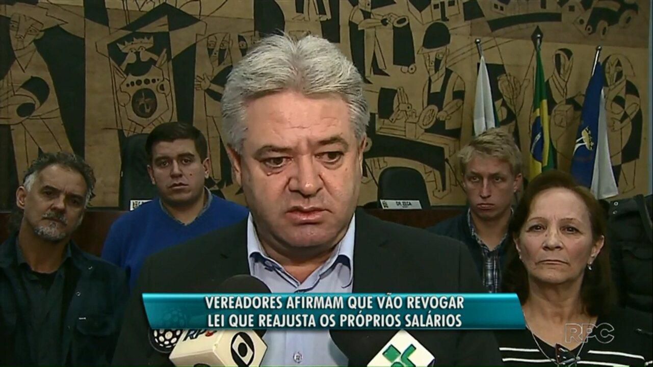 Vereadores de Ponta Grossa anunciam que vão vetar aumento dos próprios salários