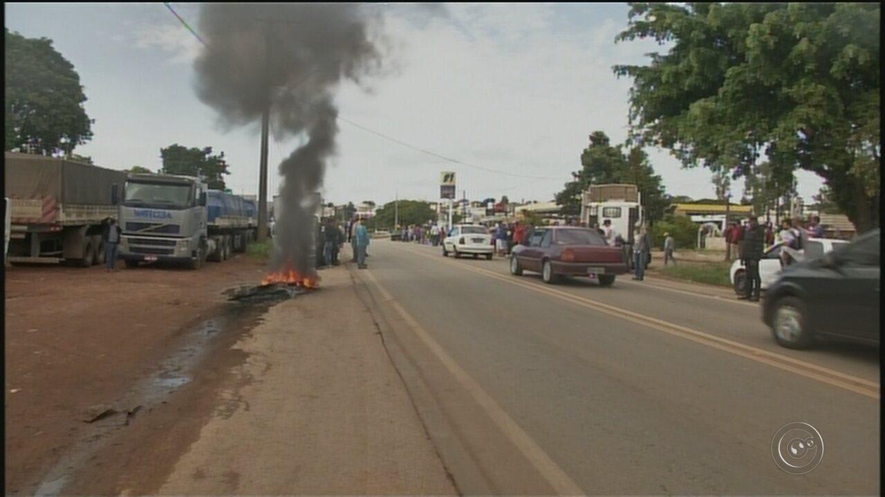 Protesto dos caminhoneiros chega ao 5º dia e ocorre em mais de 10 cidades da região