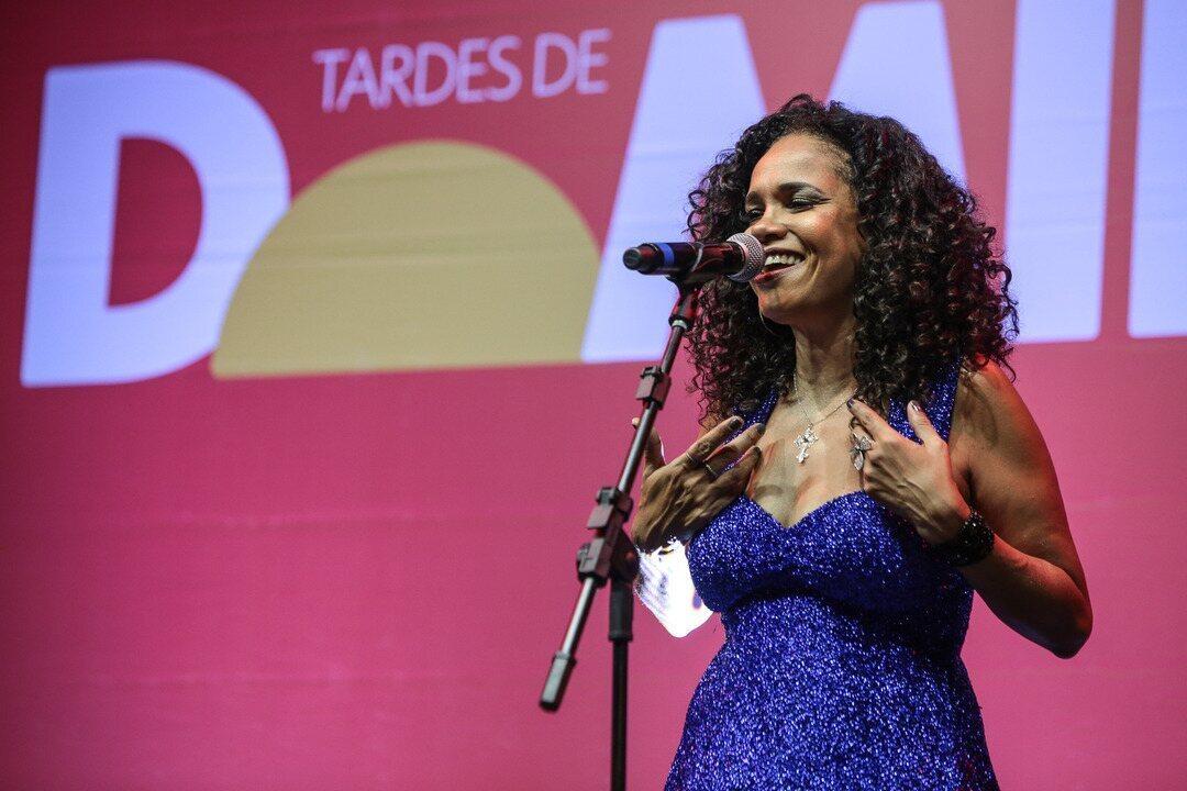 Teresa Cristina canta Noel Rosa no Tardes de Domingo