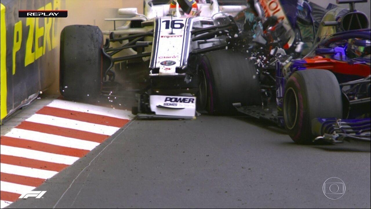 Leclerc erra a freada e bate forte em Hartley durante GP de Mônaco