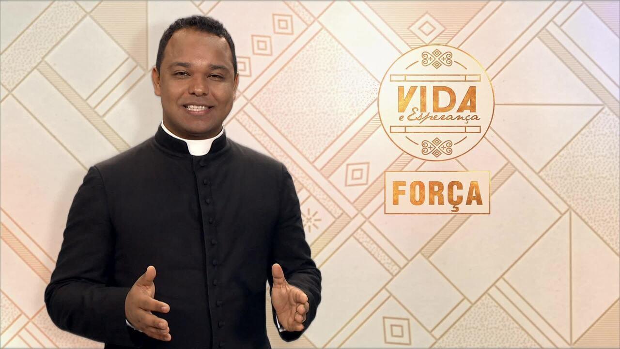 Vida e Esperança: Padre Gudialace de Oliveira