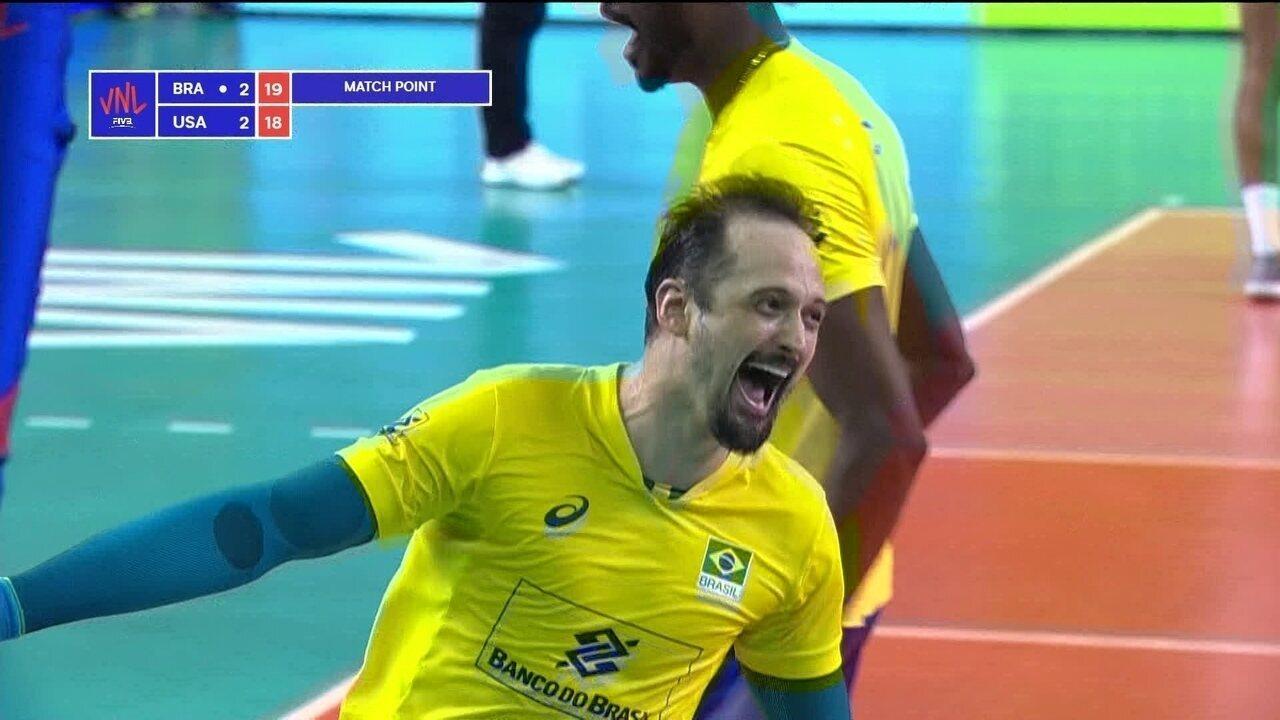 Melhores momentos de Brasil 3 x 2 Estados Unidos pela Liga das Nações de  Vôlei Masculino dd9354766e324