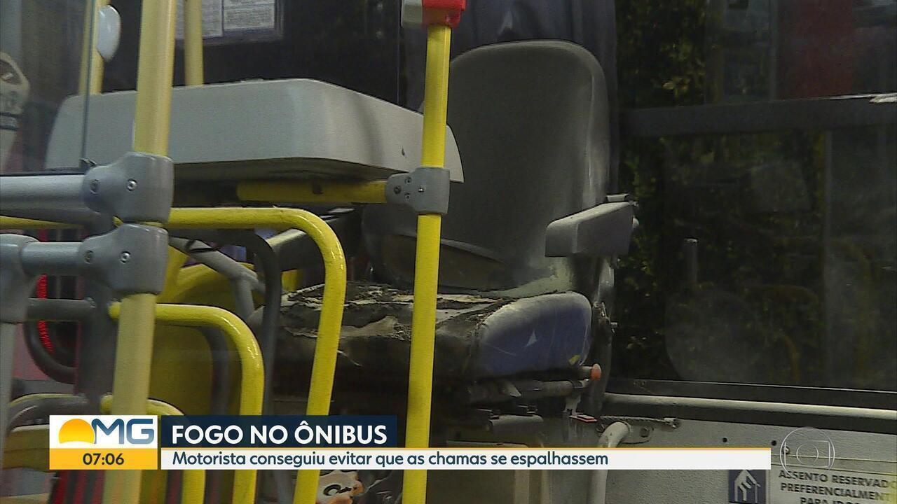 Ônibus é queimado parcialmente no bairro Santa Mônica, em Belo Horizonte