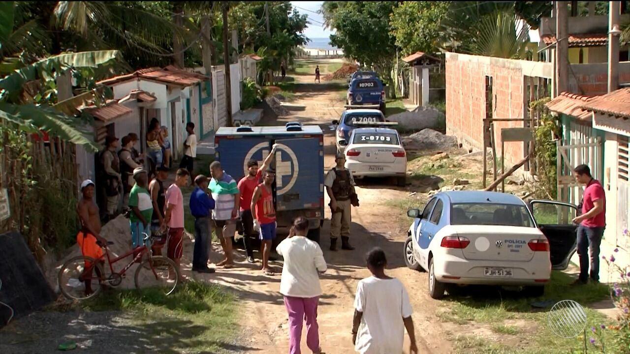 Resultado de imagem para Grupo invade casa em Ilhéus e mata quatro homens a tiros; polícia suspeita de briga entre facções