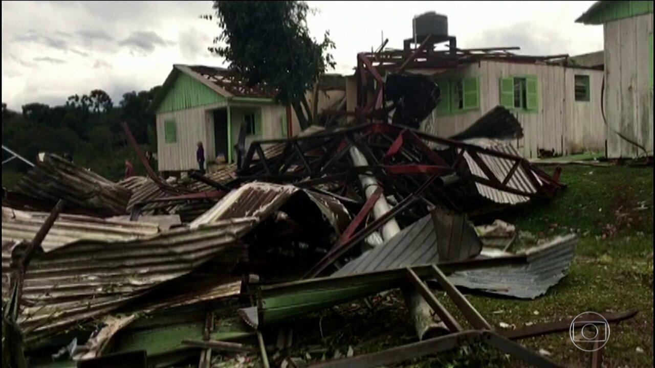 Meteorologistas confirmam tornado no Norte do RS