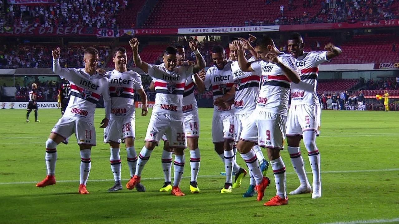 Os gols de São Paulo 3 x 0 Vitória pela 12ª rodada do Campeonato Brasileiro