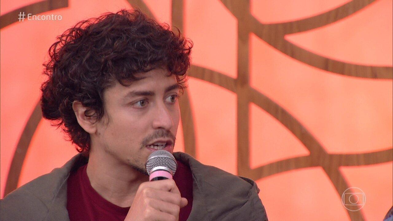 Jesuíta Barbosa fala sobre seu personagem em 'Onde Nascem os Fortes'