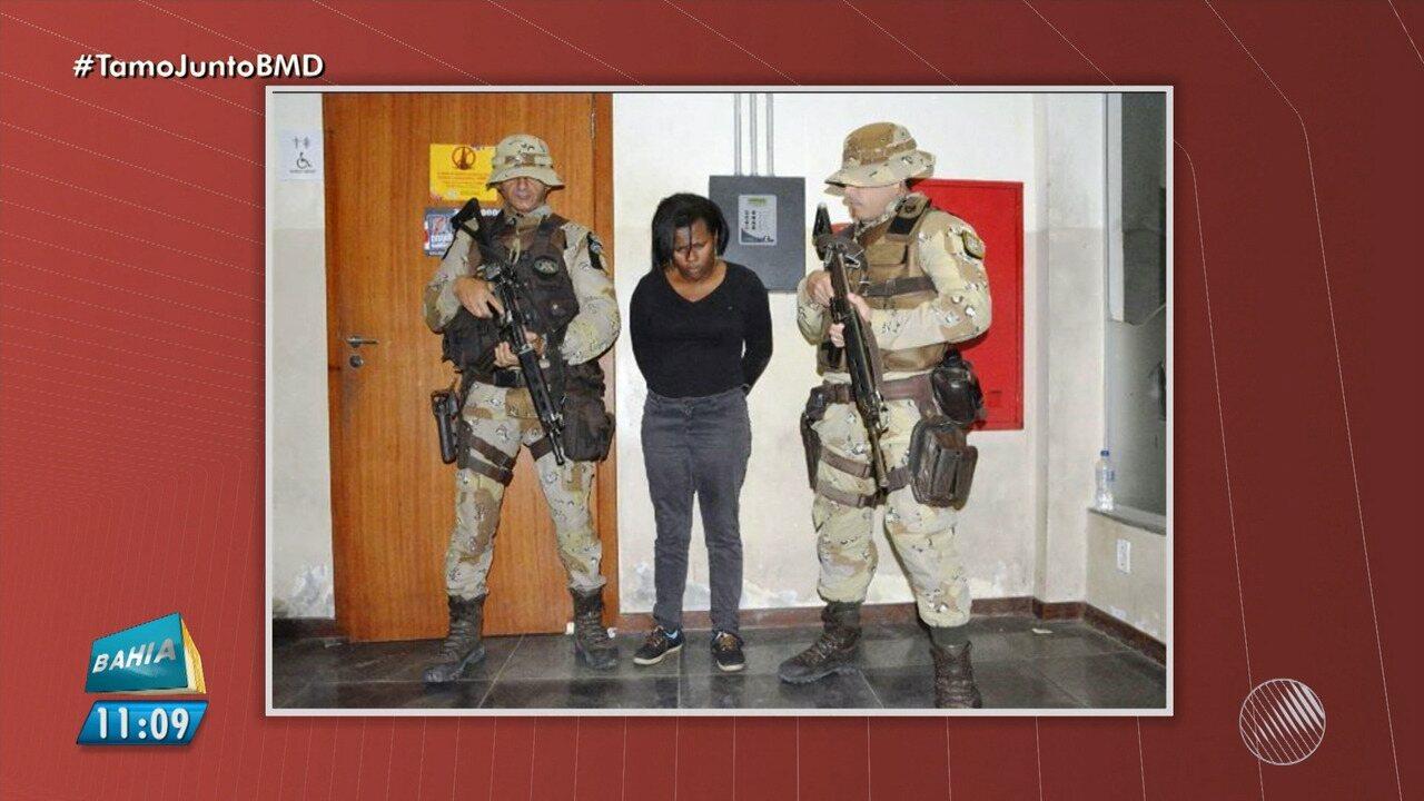 Mulher é presa por tentar embarcar com dinamite na rodoviária de Feira
