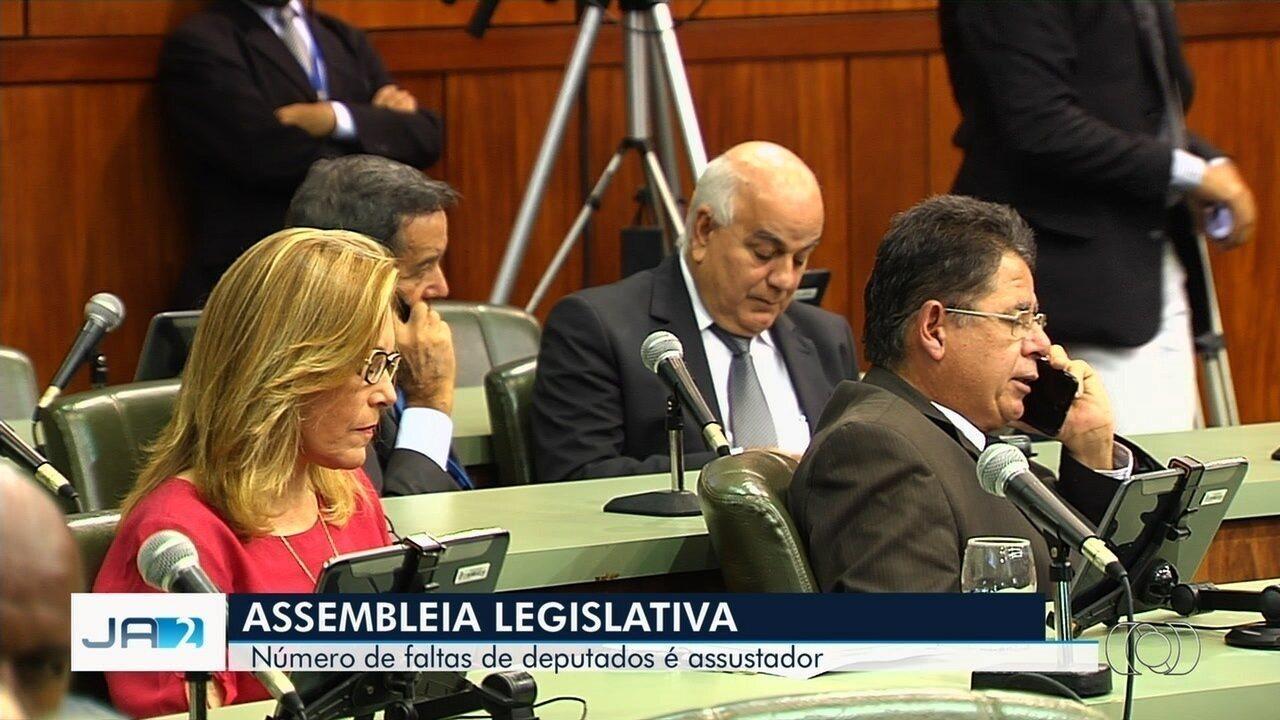 Deputados faltam a sessões na Assembleia Legislativa de Goiás e não apresentam atestados