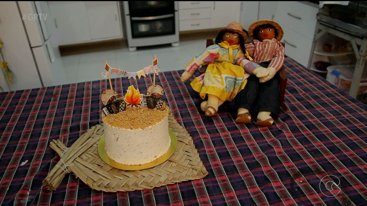 Veja como fazer uma deliciosa torta de paçoca para o São João